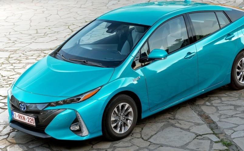 Компания Toyota подготавливает стратегию перехода на электромоторы