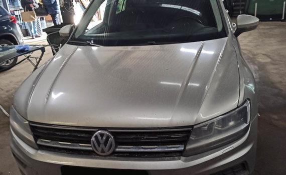Замена лобового стекла на Volkswagen Tiguan 2018г